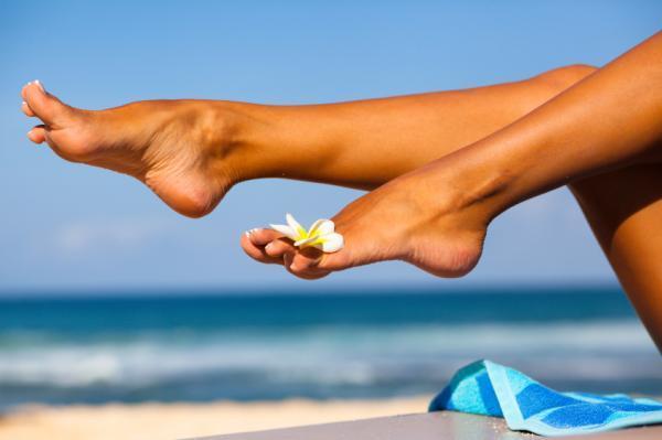 Cómo protegerse del sol - 20 consejos y remedios caseros - Cómo protegerse del sol en un patio