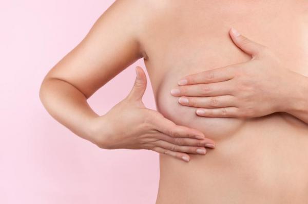Remedios caseros para el dolor de senos - paso 1