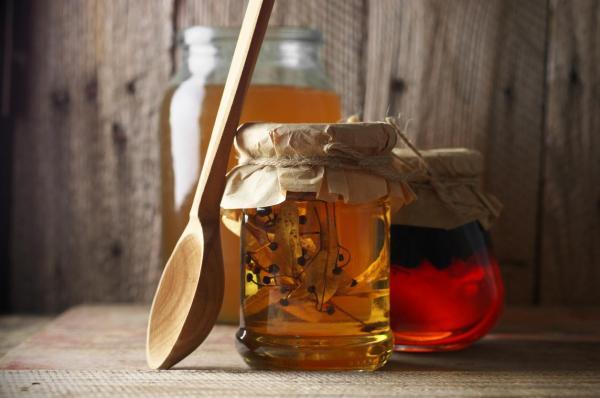 Ajo y miel para adelgazar - Beneficios y cómo usarlo - Cómo usar ajo y miel para adelgazar