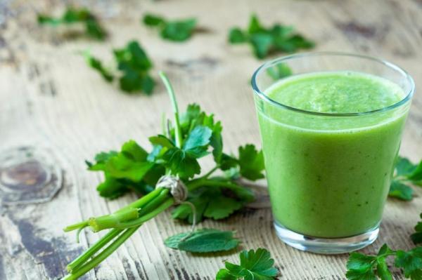 Cómo hacer batidos para bajar de peso - batido verde detox