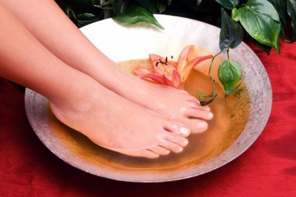 Cómo desinflar los pies hinchados - paso 3