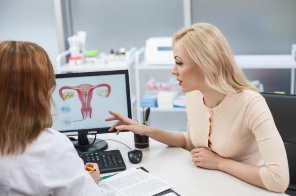 Cómo mejorar la fertilidad para quedar embarazada - En primer lugar, vaya a ver a su ginecólogo