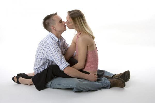 Cómo saber si una mujer es virgen - paso 2