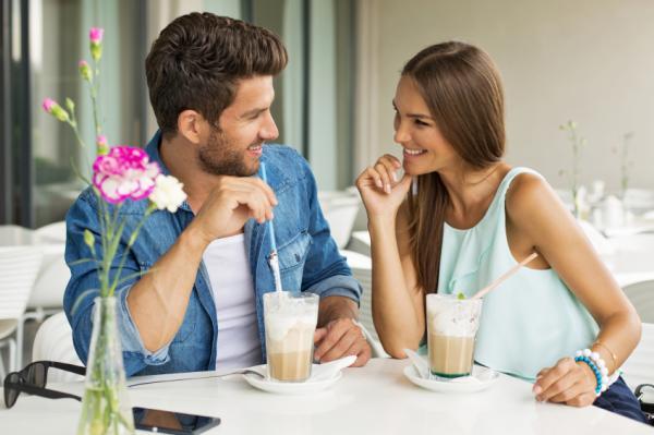 20 señales de que le gustas a un hombre: encuentra algunas cosas en común
