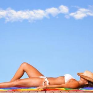 Comment se protéger du soleil - 20 conseils et remèdes maison