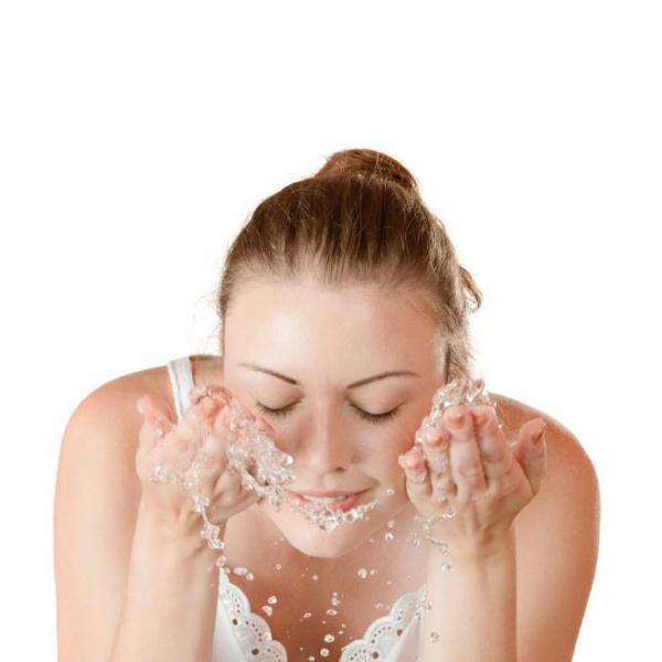 Cómo hidratar la piel muy seca de forma natural - Cómo hidratar la piel muy seca de forma natural con consejos sencillos