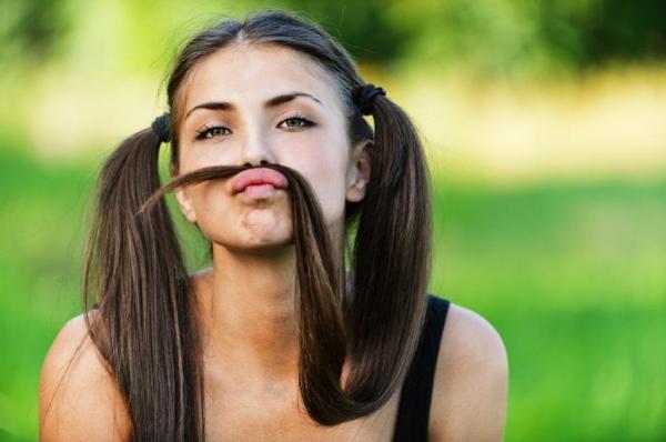 Cómo deshacerse de las manchas marrones del bigote - Elimine las manchas marrones del bigote con Amelan